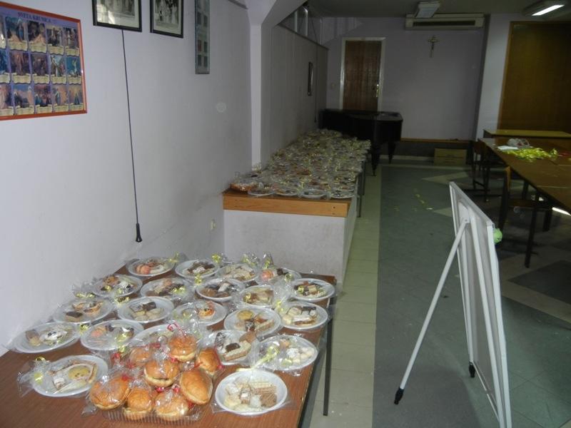 volonteri-bozicna-akcija-2013-019
