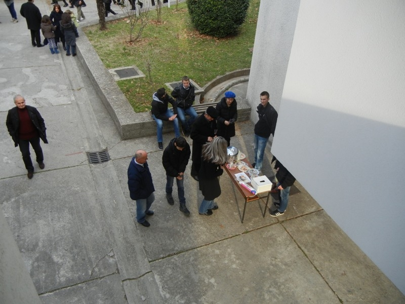 volonteri-bozicna-akcija-2013-026